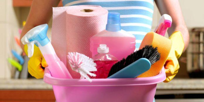 produse de curatenie daunatoare pe perioada sarcinii